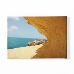 Скали и море