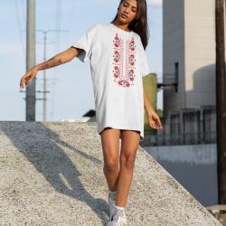 Дамска тениска-рокля с шевица 06