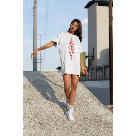 Дамска тениска-рокля с шевица 10