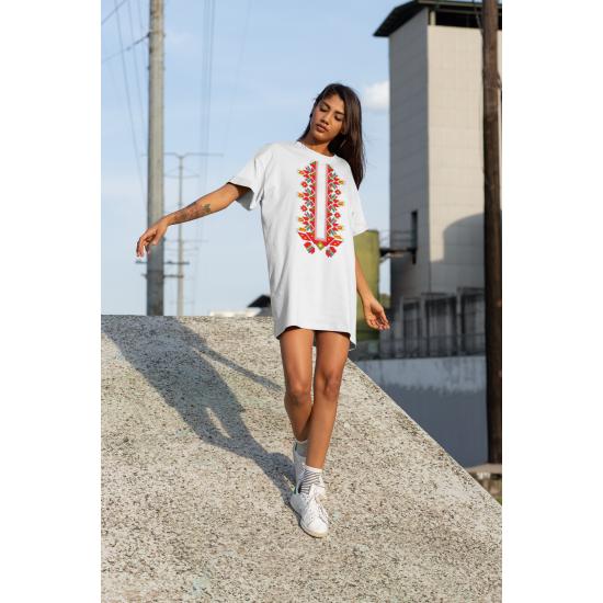 Дамска тениска-рокля с шевица 18