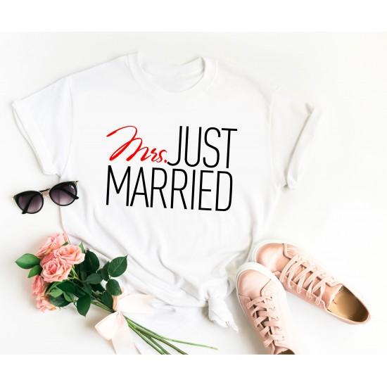 Тениска за моминско парти - Mrs Married